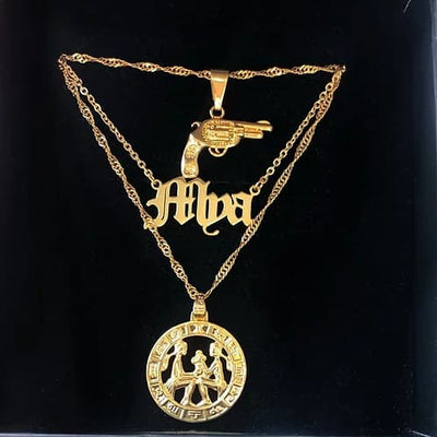Stylish classic old english namplate necklace with horoscope and pistol pendant