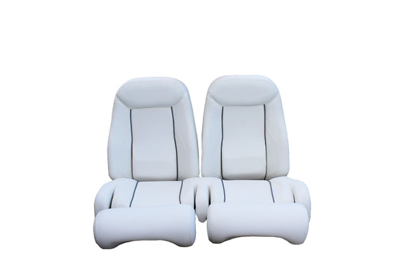 White Helm Chair with Grey Piping - Essenbay Marine