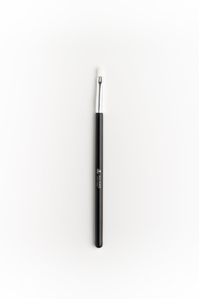 Lip Brush D2