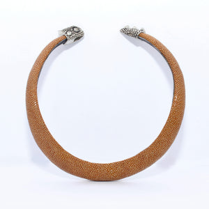 Stingray Choker with chameleon cap's