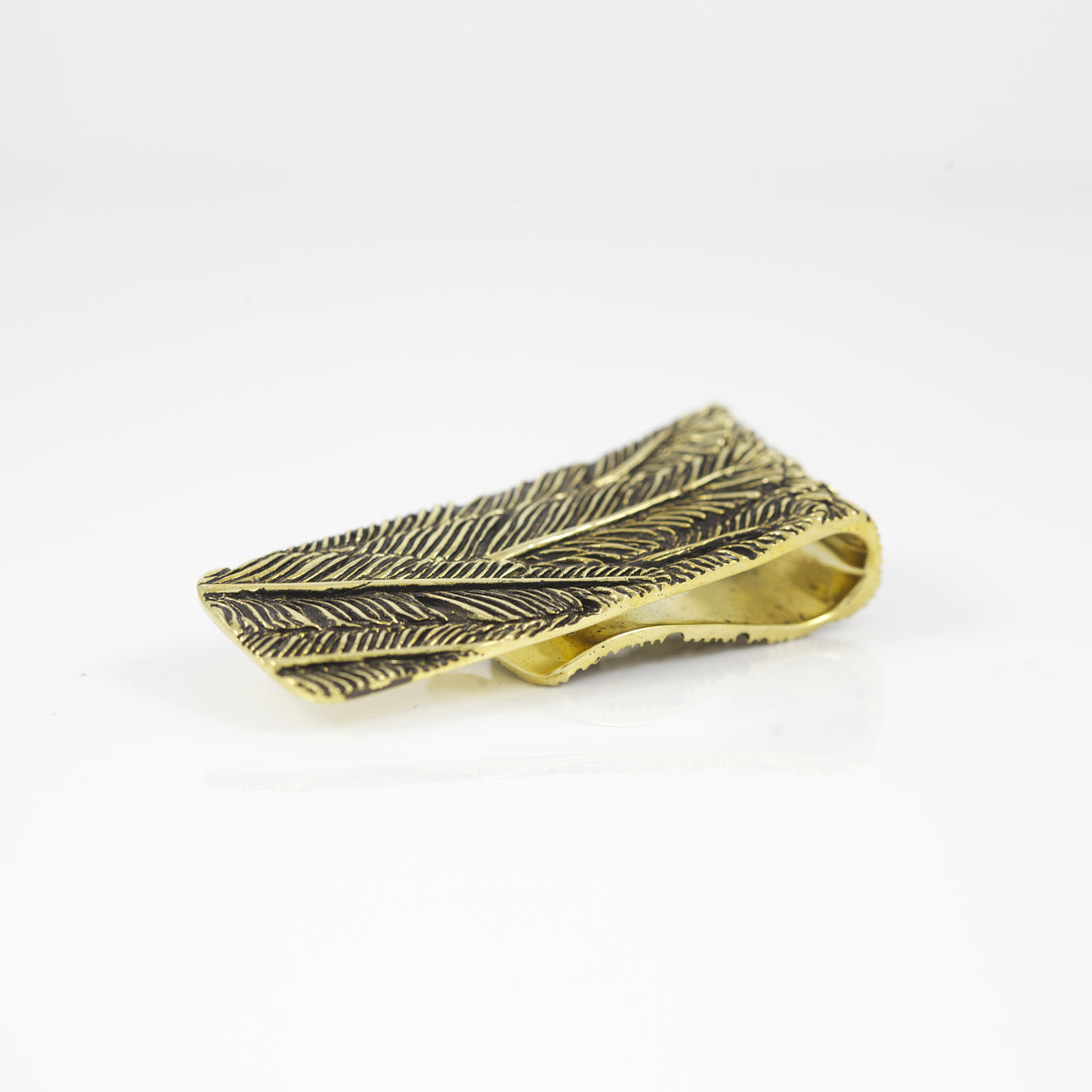 YELLOW BRASS FEATHER PATTERN MONEY CLIP