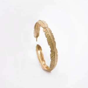 YELLOW BRASS FEATHER BANGLE