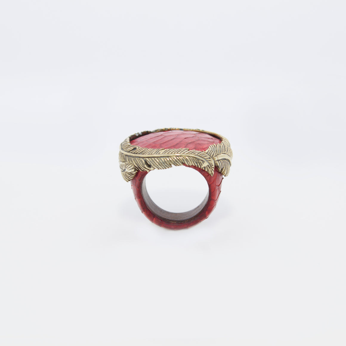 RING WITH FEATHER CROWN (RED)