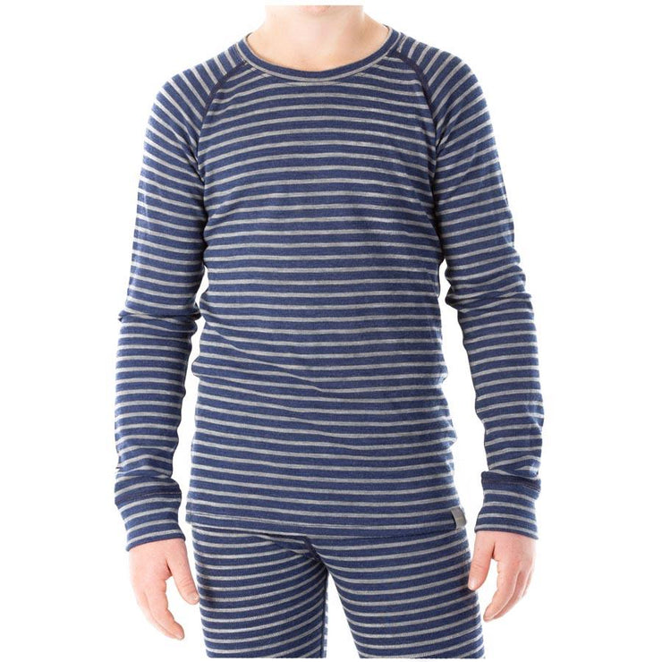 child wearing sea stripe blue colored kids merino wool 250 base layer shirt