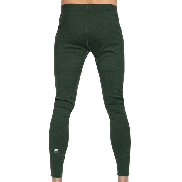 back of a man wearing mens army green merino wool heavyweight 400 base layer pants