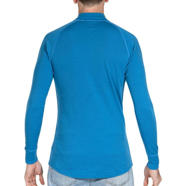 back of a man wearing mens electric blue merino wool base layer 250 half zip sweater