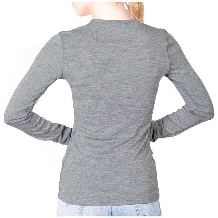back of a woman wearing a women's gray heather merino wool 250 base layer top