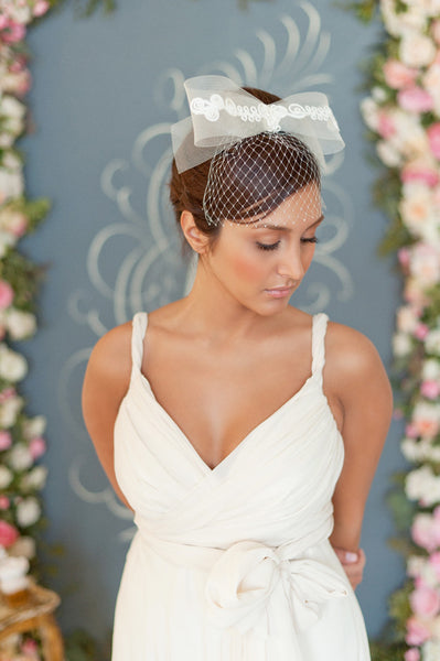 Bow and birdcage veil  Style#1221