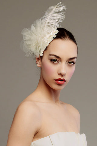 Ostrich feather and tulle petals fascinator - Style #0040