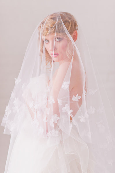 Petals & Pearls Veil - Style #1307