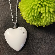 Load image into Gallery viewer, BM-jewelry™ Mother´s love pendant with Zirconia SMALL