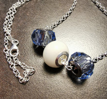 Load image into Gallery viewer, Chrystal charm beads