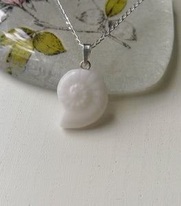 BM-jewelry™ Lucky Shell -pendant SMALL
