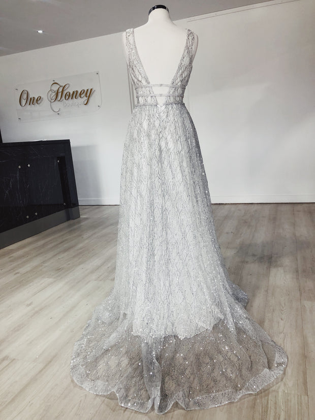 Honey Couture ENYA White & Silver Glitter Formal Gown Private Label$ AfterPay Humm ZipPay LayBuy Sezzle