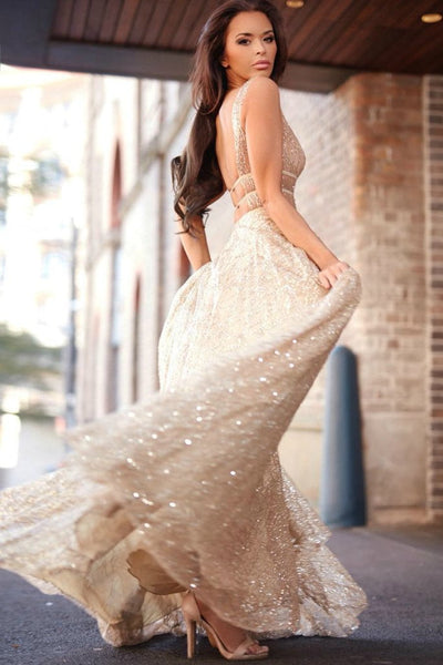 products/Honey_Couture_Dazzling_Berta_Gown_Shiralee_2.jpg
