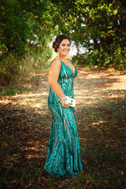 Honey Couture YASMIN Emerald Green Sequin Formal Gown