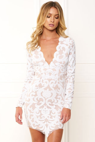 Honey Couture EBONEE White Long Sleeve Sequin Dress