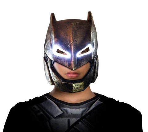 BATMAN LIGHT UP ARMOURED MASK, CHILD