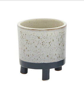 "LOVA FOOTED POT 4.75""X5"""