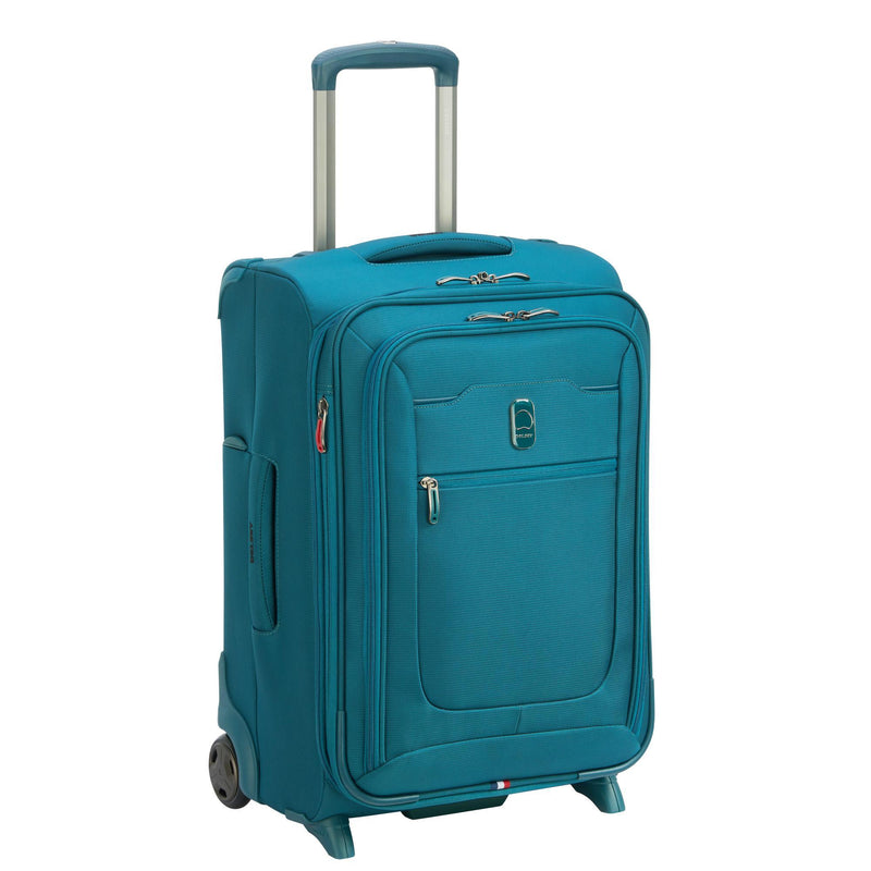 Delsey Hyperglide Expandable 2 Wheel Carry-On-Luggage Pros