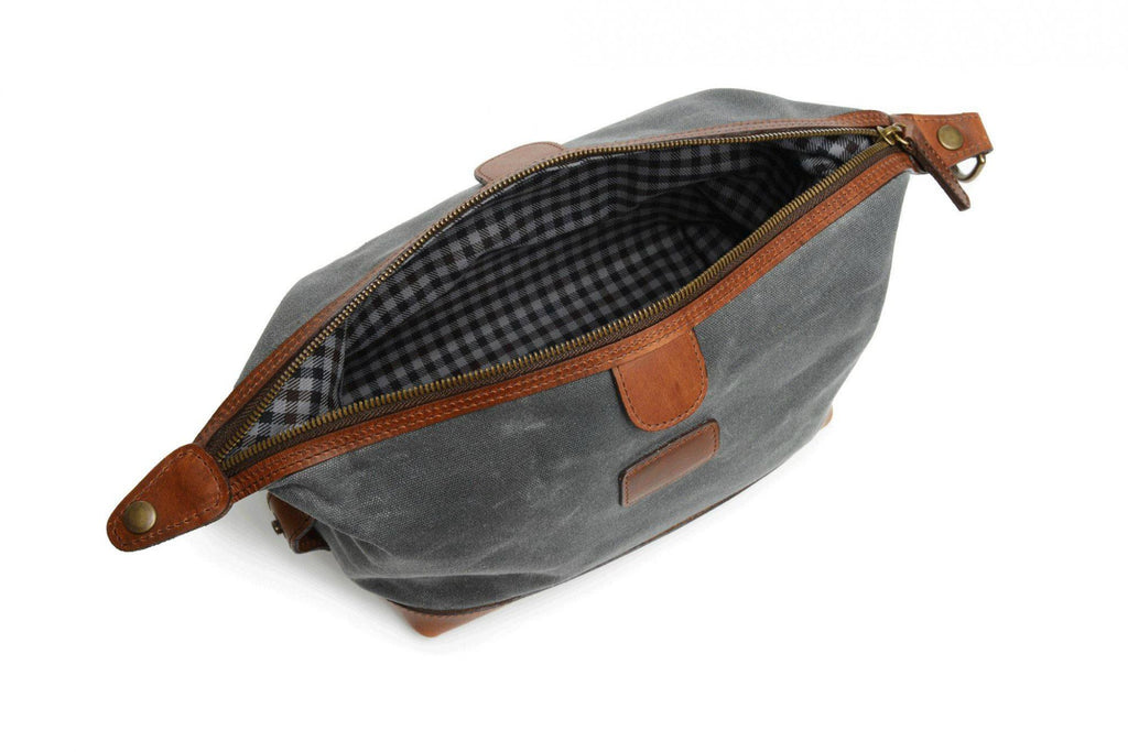 Korchmar Adventure Wax Canvas Ryder Dopp Kit