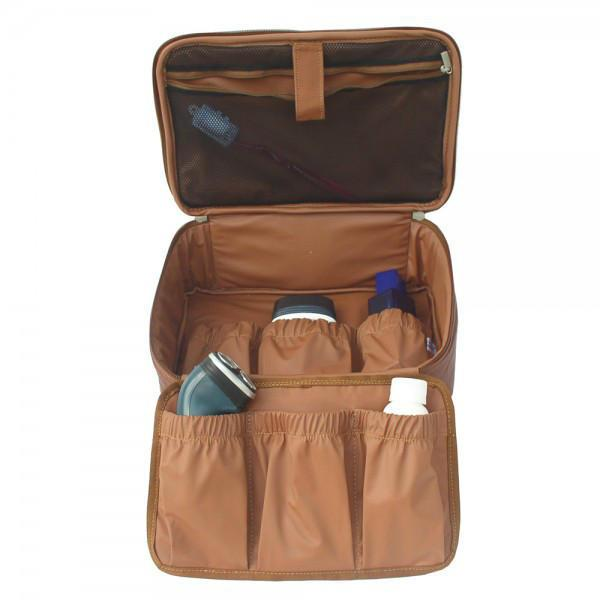Piel Leather Hanging Cosmetic Utility Kit-Luggage Pros