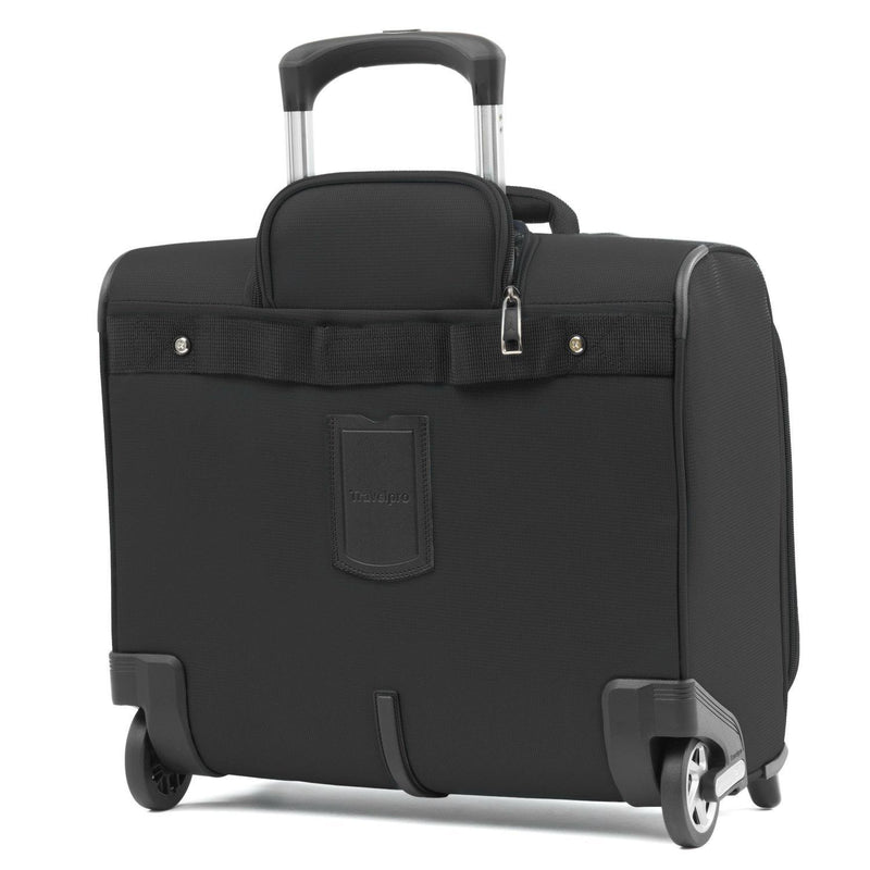 Travelpro Maxlite 5 Lightweight Carry-on Rolling Tote-Luggage Pros