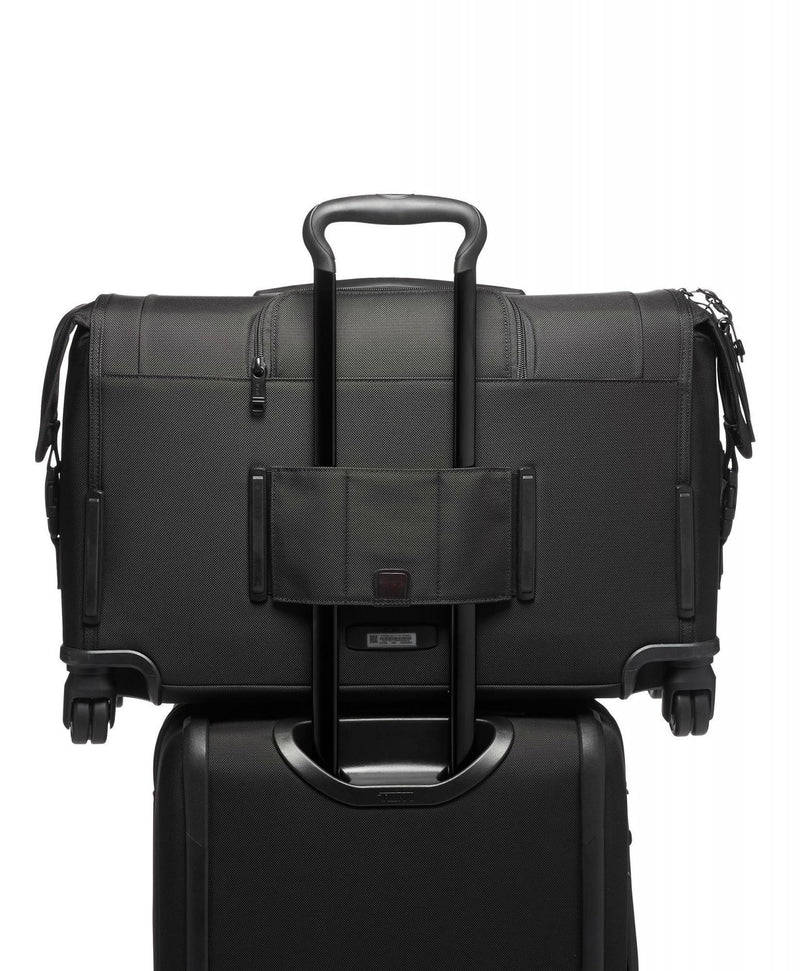 TUMI Alpha 3 Garment 4 Wheel Carry-On-Luggage Pros