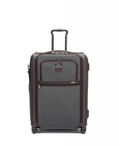 TUMI Alpha 3 Short Trip Expandable 4 Wheel Packing Case