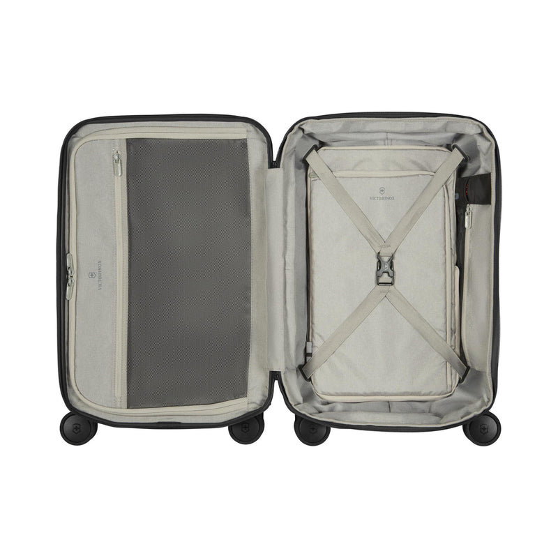 Victorinox Werks Traveler 6.0 Hardside Frequent Flyer Carry On-Luggage Pros