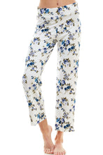 Load image into Gallery viewer, SLEEPY CROP PANT | ROYAL FLORAL