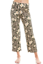 Load image into Gallery viewer, SLEEPY CROP PANT | LEOPARD FLORAL
