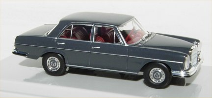 Mercedes Benz 280 SE   grey