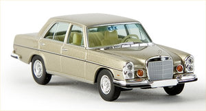 Mercedes Benz 280 SE  4.5 gold