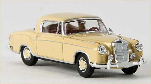 Mercedes Benz 220 S Coupe'  beige