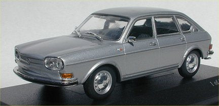 Minichamps VW 411 LE sedan 1969 Silver 400-051102 [W1E]