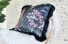 Load image into Gallery viewer, Goya Pillow with Fringe
