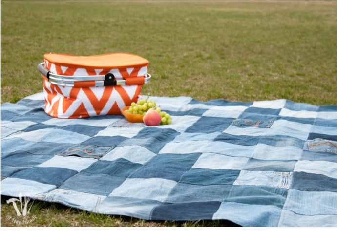 Upcycled jean blanket - Blankets - PICNIC