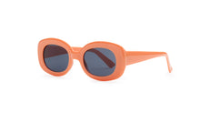 Load image into Gallery viewer, Monica sunglasses in Guava - Sunglasses - PICNIC