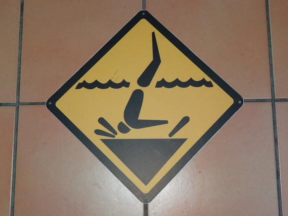 Sign: Shallow Water [CLEARANCE] (2 only)