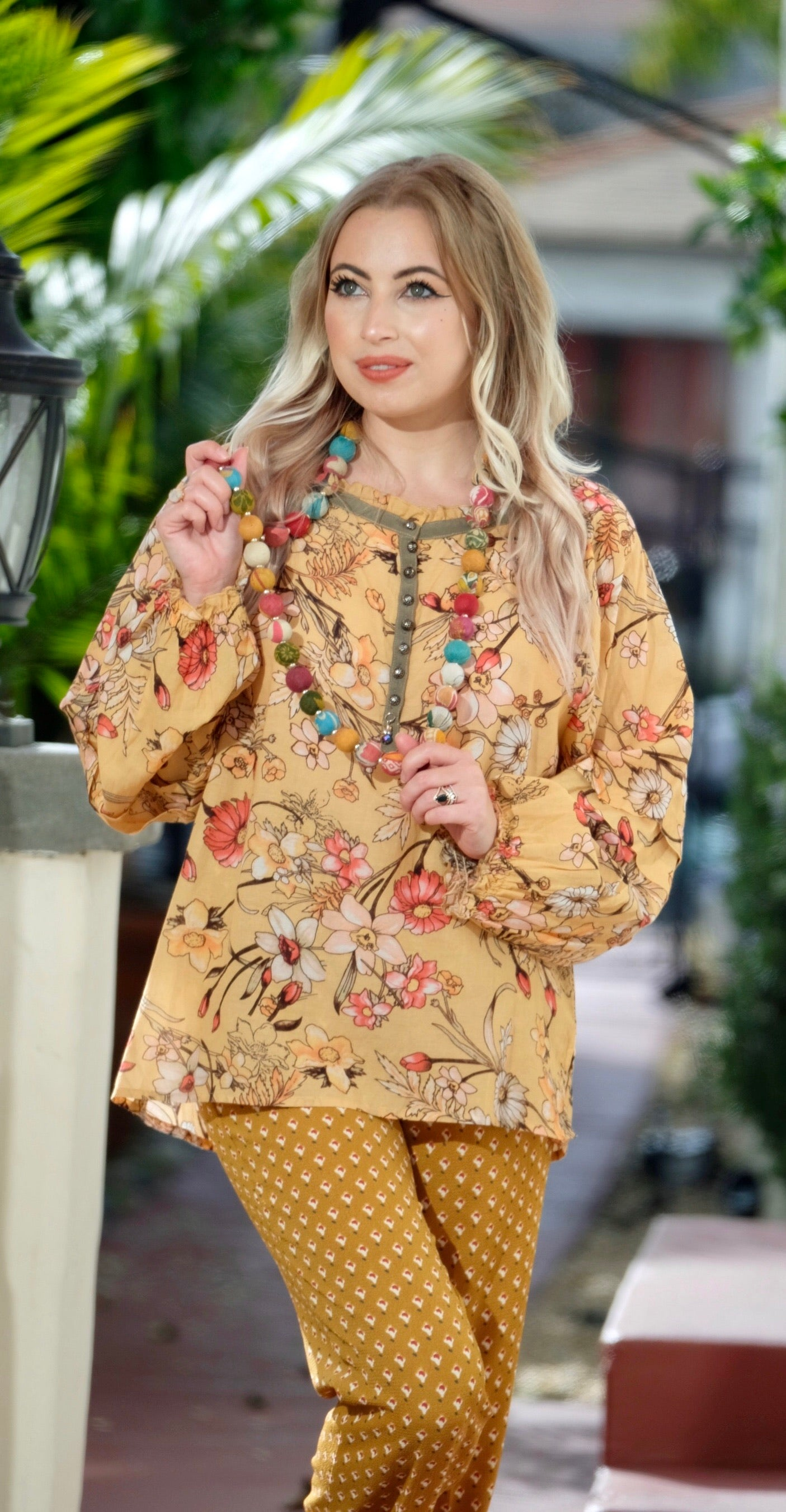 Garden Blouse in Yellow Floral