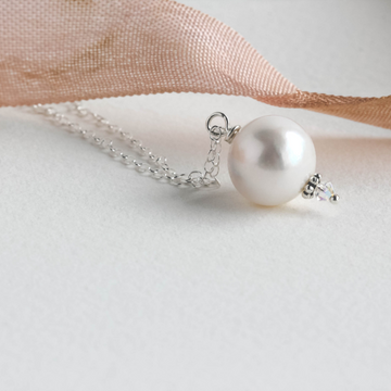 Alesha Pearl Necklace