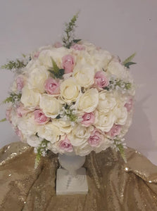 Blooming Essentials Ltd Artificial Serena Rose and Veronica Vase Display