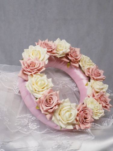 Blooming Essentials Ltd Artificial Pink and Ivory Velvet Rose Wreath