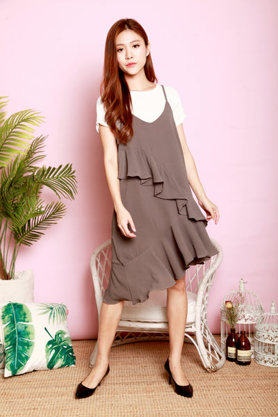 *DJ* Lilly two-piece pinafore set