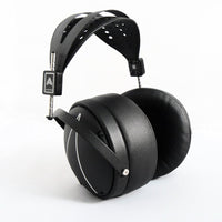 Audeze LCD2 Closed-Back Headphones ( Open box )