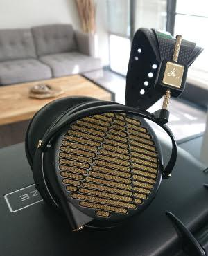 Audeze LCD-4Z 15 ohm Headphone (B-STOCK)