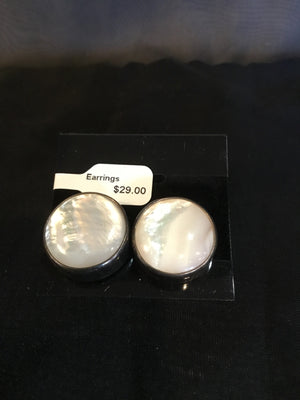 White/Silver Mother of Pearl Earrings