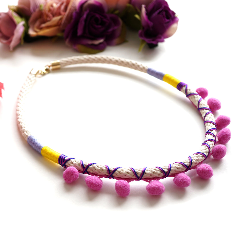 FUCHSIA POMMIE NECKLACE
