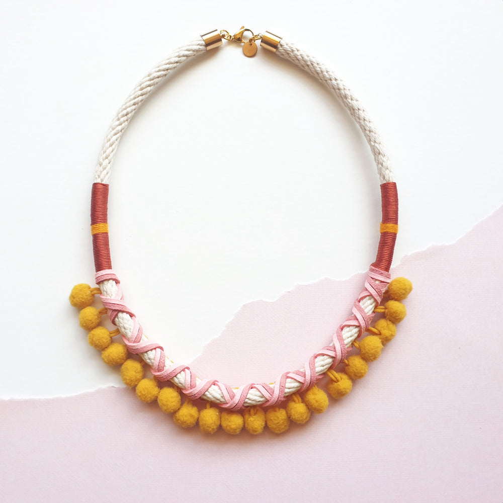 MUSTARD POMMIE NECKLACE